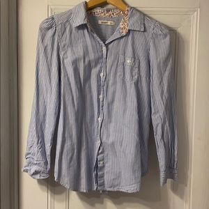 Women's Old navy button up small